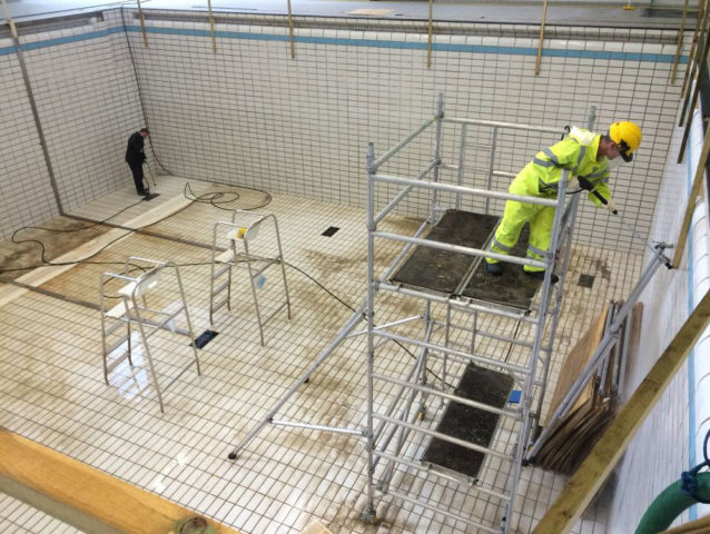 02-capital-drainage-pool-cleaning-engineers-cleaning-1